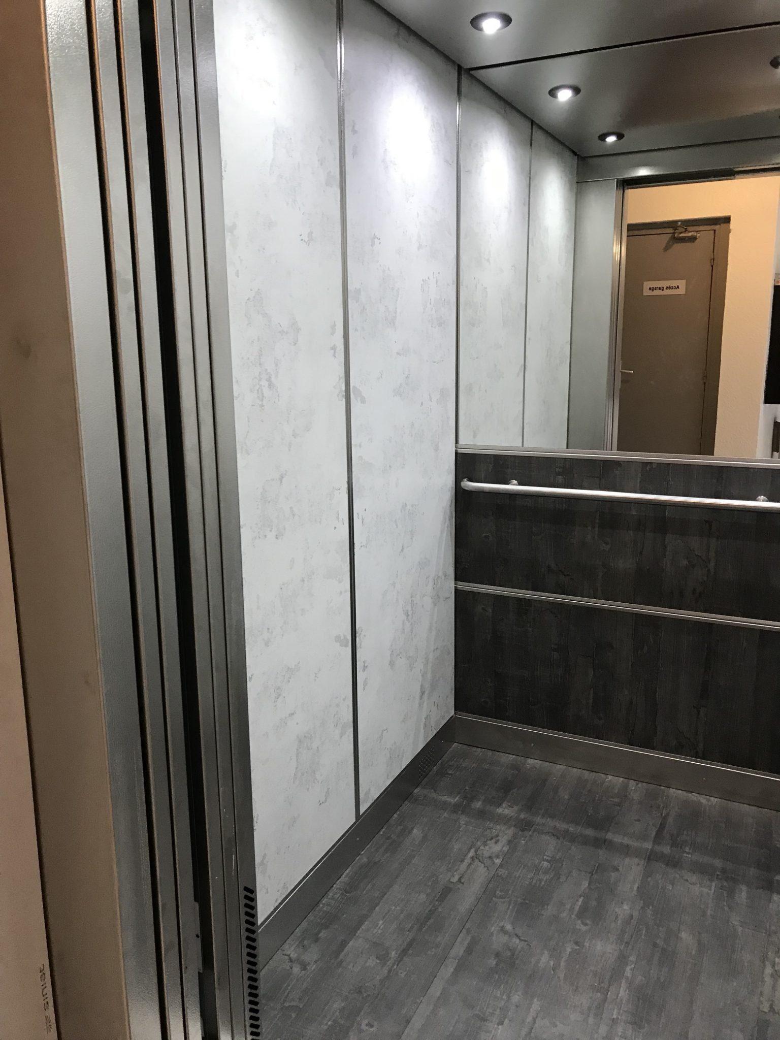IMG 0057 1 - Découvrez nos nouvelles réalisations de cabine d'ascenseur !