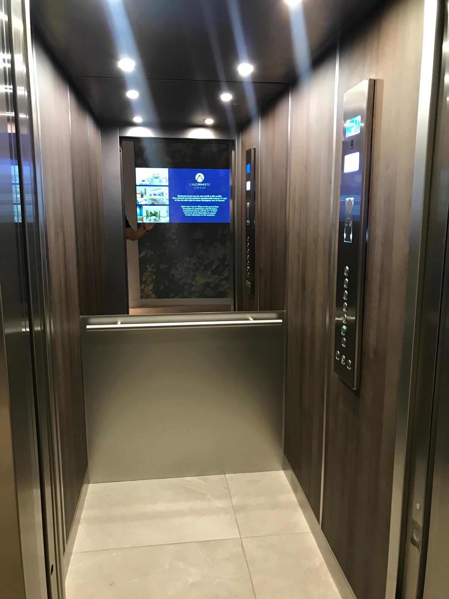 IMG 3700 - Nouvelle réalisation pour STC Ascenseurs